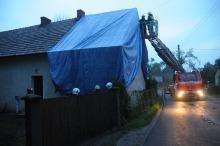 Nawałnica uszkodziła dachy w Kolanowicach. Wieś bez prądu
