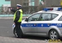 Strzelecka drogówka skontrolowała 100 pojazdów. Dwóch kierowców bez prawa jazdy