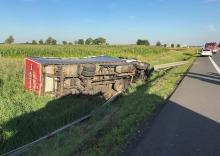 Kierowca ciężarówki poszkodowany w wypadku niedaleko Kluczborka