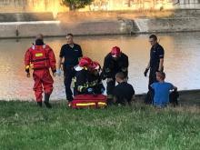 Pijany mężczyzna skoczył z mostu do Odry