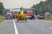 Volvo i volkswagen zderzyły się na autostradzie A4