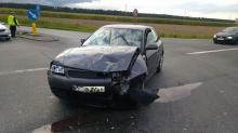 Wypadek przy wjeździe na autostradę A4, jedna osoba ranna