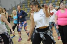 Ponad 200 osób zatańczyło Zumbę dla Mikołaja