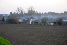 Wielkie wypalanie na działkach. Normy zanieczyszczenia powietrza przekroczone. Interwencji brak