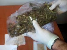 Ponad 300 gramów narkotyków w mieszkaniu, specjalistyczne boksy do uprawy w piwnicy