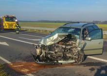 Wypadek Ligota Dolna. Kierowca z dwuletnim dzieckiem trafili do szpitala