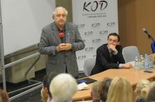 Prof Andrzej Rzepliński wygłosił wykład na prośbę działaczy KOD