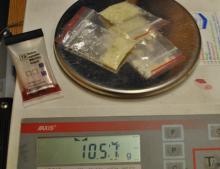 Mefedron i matamfetamina w mieszkaniu 34 latka