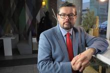 Prof. Mirosław Lenart - archiwum nie musi oznaczać nudy i zakurzonych półek