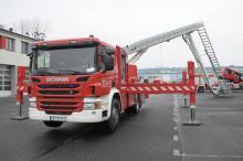 Opolscy strażacy mają nowoczesny wóz z drabiną