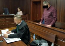 Miał zgwałcić i zabić żonę. Dziś stanął przed sądem
