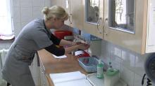 Ukraińcy chętni do pracy w szpitalach, jednak procedury uzyskania tytułu są krzywdzące