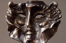 """Spektakl """"Zakonnice odchodzą po cichu"""" doceniony najważniejszą Złotą Maską w Operze Śląskiej"""