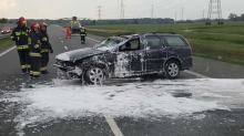 Samochód dachował na autostradzie A4 w kierunku Wrocławia