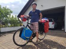 Piotr Sznura z Jemielnicy wyruszył dziś rowerem na mundial
