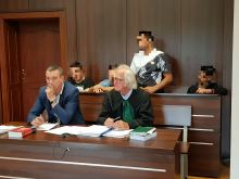 8 Romów pobiło Polaka, bo związał się z Romką. Sprawa trafiła do sądu