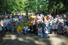 Blisko 300 przedszkolaków przebiegło przez Park Nadodrzański w Opolu