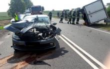 Zderzenie osobówki i samochodu dostawczego na DK40