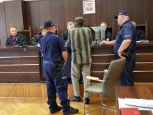 Rolnik z Opola miał od lat maltretować rodzinę i grozić śmiercią siostrze
