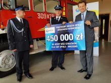 450 tysięcy złotych przekazał Arkadiusz Wiśniewski na nowy wóz strażacki dla OSP Wrzoski
