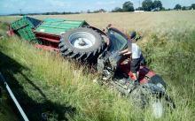 Uważajmy na maszyny rolnicze na drogach
