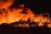 Pożar w Dąbrowie Niemodlińskiej, zatrzymano 2 osoby podejrzewane o podpalenie wysypiska