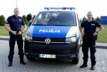 Starsza kobieta zasłabła w mieszkaniu - z pomocą przyszli policjanci