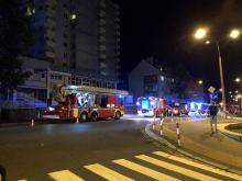Pożar na 12 piętrze w wieżowcu. Na miejscu 7 jednostek straży pożarnej