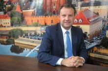Arkadiusz Wiśniewski - zrobiliśmy siedmiomilowy krok w kierunku budowy miejskiego stadionu