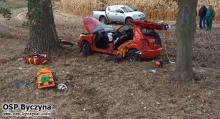 Groźny wypadek na DK11 w Byczynie. Interweniował śmigłowiec LPR