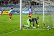 Odra Opole pokonała na swoim boisku Wartę Poznań 2:1.