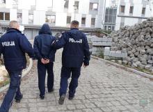 Dwóch mężczyzn usłyszało blisko 30 zarzutów, dotyczących kradzieży i włamań