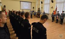 Nowi policjanci złożyli ślubowanie w komendzie wojewódzkiej w Opolu