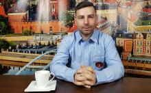 """Adrian Ślusarek - każdy dom można zmienić w """"smart dom"""""""