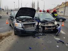 Zderzenie pojazdów na ulicy Oleskiej w Opolu