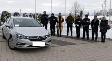 Nowy nieoznakowany radiowóz dla prudnickich policjantów