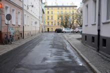 Ta część ulicy Staromiejskiej będzie od jutra drogą dwukierunkową.