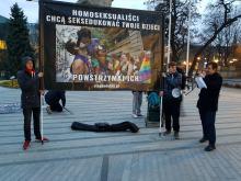 Dwie manifestacje w centrum miasta. Tęczowe Opole kontra Pro Prawo do życia