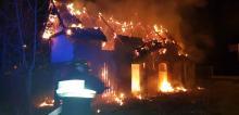 Kluczborscy strażacy walczyli z nocnym pożarem szopy