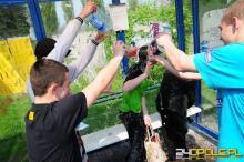 Tradycja polewania się wodą często wymyka się spod kontroli