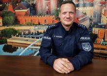 Nadkom. Hubert Adamek - policjanci będą widoczni w miejscach letniego wypoczynku