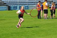 16 szkół podstawowych rywalizowało na stadionie Odry podczas sportowego Dnia Dziecka