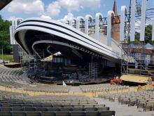 Trwa budowa scenografii na 56. Krajowy Festiwal Polskiej Piosenki
