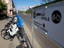 W Opolu pojawiły się już rowery miejskie. Jak z nich skorzystać?