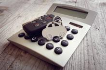 Potrzebne OC na auto? Porównywarka ubezpieczeń Porówneo pokaże, gdzie kupisz je tanio!