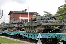 Sprzęt wojskowy wyruszył z Opola na obchody Święta Wojska Polskiego do Katowic