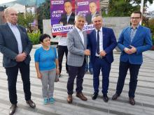 Premier Marek Belka poparł kandydaturę Piotra Woźniaka z Lewicy