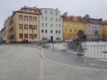 Plac św. Sebastiana w Opolu przejezdny. Obowiązuje strefa zamieszkania