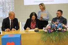 Ponad 22 miliony złotych na opiekę nad kobietami w ciąży i dziećmi