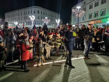 Setki uczestników 6. Marszu Mikołajów przeszło ulicami Opola